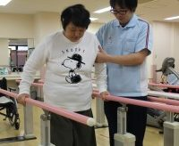 右手が動く姿をイメージ 脳梗塞の後遺症で両手両足と言語に障害